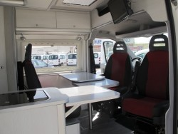 camper-furgocamper-automotive-automotivate-grupautomotive-ocasion-garantizadas-furgoneta-furgon-coches-segundamano-vehiculosocasion-barcelona-benicarlo-16